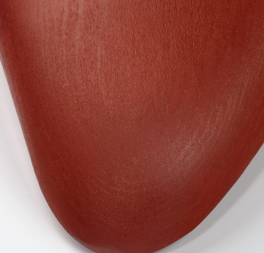 Shoe tree oxide red